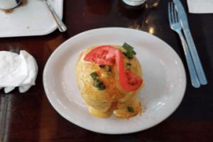Egg Benedict with Tomato